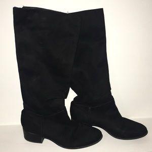 b3ee2b950b1c Black Journeys boots ❤️